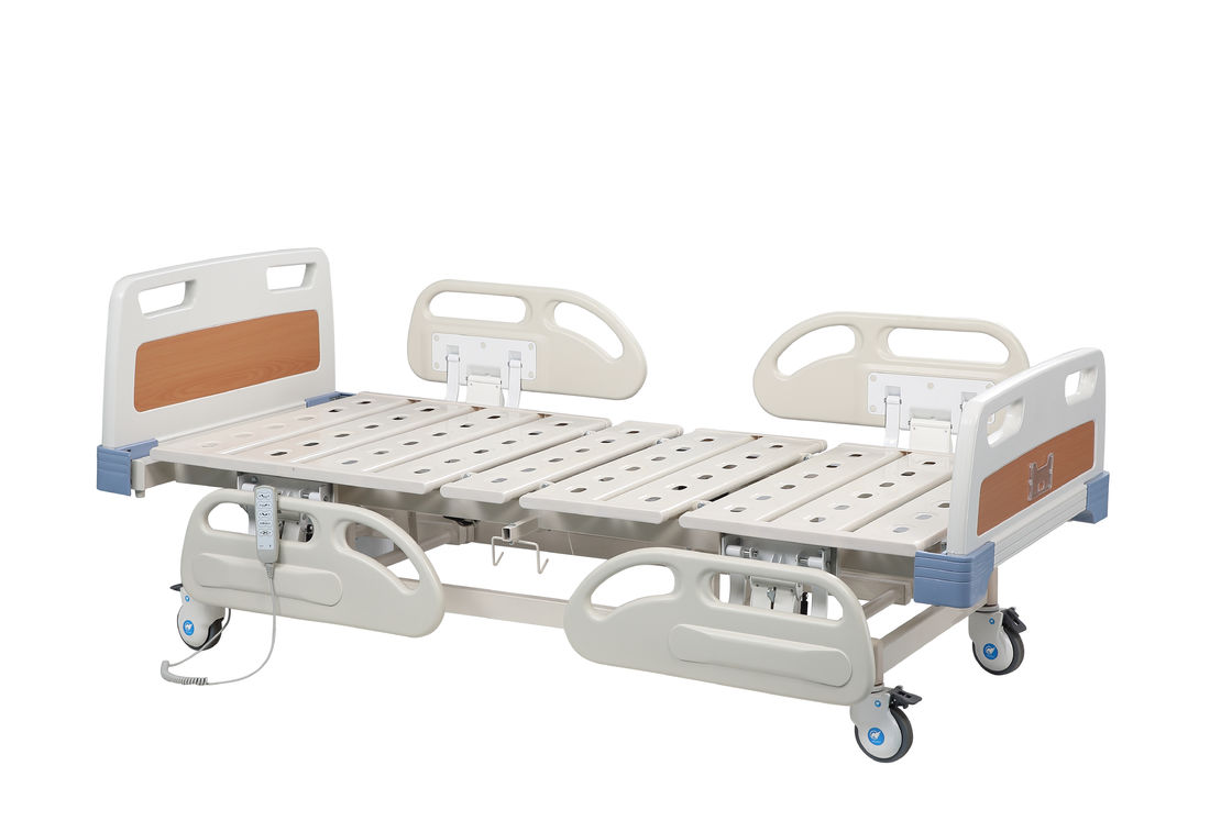 Electric Folding Mobile Hospital Bed / Medical Hospital Furniture 2 Years Warranty